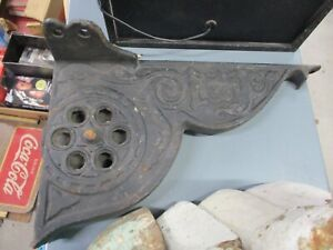 ANTIQUE SALVAGE CAST IRON ORNATE PULLY SYSTEM DOOR PULLY