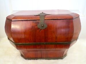 Antique late1800s NINGBO Fir Wood Carved CHINESE WEDDING BASKET WEDDING TRUNK
