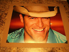 GEORGE CANYON CANADIAN COUNTRY MUSIC STAR AUTOGRAPHED 8 X 10 PHOTO