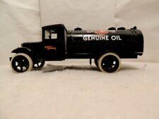 ERTL Die Cast HARLEY DAVIDSON Vintage 1931 Hawkeye Oil Tanker Truck BANK 2611