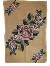"""Vintage Floral Folk Art Hooked Rug Pink Green Roses 31"""" x 21"""" Cottage Farmhouse"""