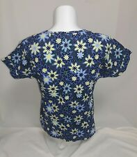 Fresh Scrubs Top Shirt sz Large Fitted Purple Green Blue Flowers All Cotton