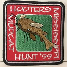 VHTF 1999 Hooters Mississippi Mudcat Hunt '99 Iron on Patch Never Used Mint