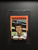 1975 TOPPS TOMMY JOHN LOS ANGELES DODGERS BASEBALL CARD #47 - NM/MT From Vending