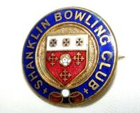 VINTAGE ENAMEL SHANKLIN BOWLING CLUB BROOCH / BADGE / PIN