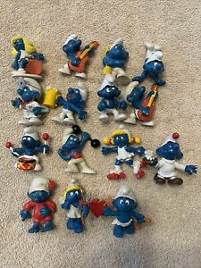 Vintage SMURFS Peyo/Schleich Figures Figurines -  LOT OF 15 valentines doctor