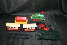 jouets lot de locomotives trains wagons matchbox , troby , guisval