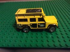 Matchbox - Land Rover Defender 110. Yellow/Black