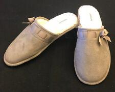 Aerosoles Slip On Slippers Size XL 9.5-10.5 Gray Faux White Fur