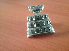 COLLECTABLE SILVER TONE PIN BADGE SIGNED ITF - TAE KWON DOE ?