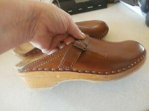 Bastad Troentorps  Tan Brown Leather Wood Swedish Clogs Shoes 40  9 9.5 read