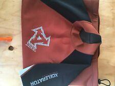 Xcel wetsuit top L