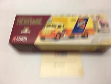 Corgi 73004 Berliet GLR Fourgon, Orangina 0005 of 5000