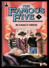The Famous Five in Fancy Dress (Knight Books),Claude Voilier, A. Bell