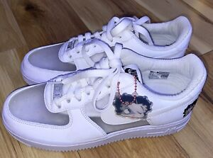 Nike Air Force 1 Betty Boop Olivia Kim Family & Friend Ct2276 100 Size 8.5