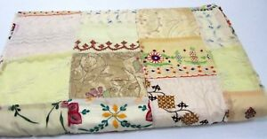 Handicraft Vintage Ethnic Embroidery Patchwork Beige Bed cover Quilt throw