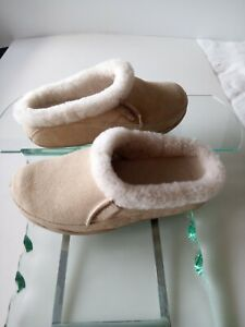 FitFlop Lounge Deluxe Slipper Clog Natural Suede sz 10
