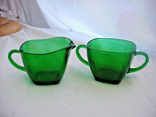 COLLECTIBLE VINTAGE FOREST GREEN CREAMER & OPEN SUGAR BOWL SET CHARM PATTERN SQ.
