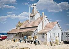 Walthers 933-3061 HO Sunrise Feed Mill Kit