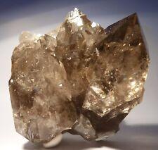 Minéraux Alpins: Quartz fumé et calcite – Mont Blanc – Chamonix