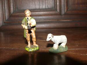 Rarität 2 Mini Krippenfiguren Gips 6,5 cm Hirte mit Flöte und Schäfchen 1930-40