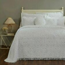 "Better Trends Double Wedding Ring Chenille Bedspread, Queen (110""x102""), White"