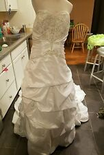 David's Bridal size 18W wedding dress strapless white long train style 9T9670