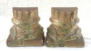 Pair of Antique Peters & Reed Pottery Bookends Berry Leaf on Column Design c1910