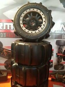 Kraton Paddle Tires