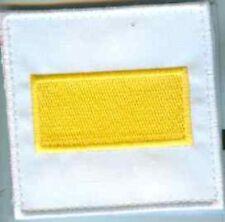 Alle Welt:DGA Balken gelb auf weiss 8 x 8 cm 2 Stück