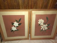 VINTAGE FRAMED PRINT SIGNED BY ARTIST SET OF 2 FLORAL PICTURES PRINTS