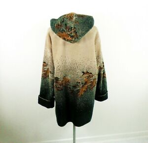 Vintage Green and Beige Hooded Fleece Coat from White Stag Size XL Woodland