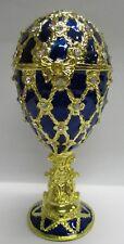 sehr edle Spieluhr im Stil eines Faberge Ei, blau, mit goldenem Fuß, Ornamente