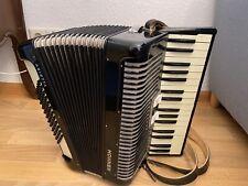 Akkordeon Hohner Arietta in Schwarz mit Koffer