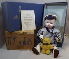 VINTAGE BOXED ROYAL DOULTON NISBET CHINA HEIRLOOM DOLL PRINCE WILLIAM DN35 LTD