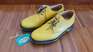 SOLOVAIR 3 Eye Shoe Yellow UK9 NEW IN  BOX