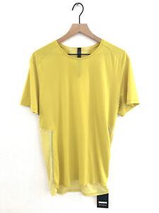 New Men's Lululemon Short Sleeve Shirt Large Yellow MSRP $68