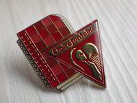 Pin's vintage épinglette Collector pins publicitaire clairefontaine X037