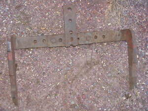 International IH Farmall Tractor Fast Hitch 300 350
