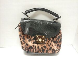 Leopard Print Purse. Medium Size. Leather and Gold Accents. No Defects.
