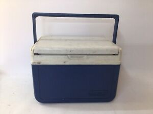 Vintage COLEMAN Personal Cooler Blue/White 5205 Flip Top Lunch Box USA in 1994