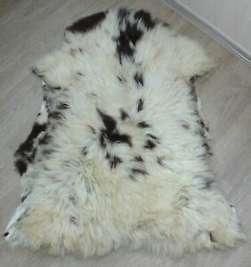 Art floor decor sheepskin rug natural skin carpet Dog bed 110*75 cm