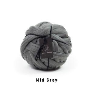 2kg Mid grey Mammoth®   Giant Chunky Knit Extreme Arm Knitting Big Blanket Yarn