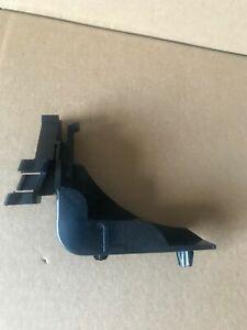 GENUINE TOYOTA AYGO MK1 2005-14FRONT BUMPER BRACKET HOLDER LEFT N/S PASSENGER