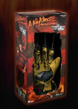 Nightmare on Elm Street (1984) Freddy Krueger Handschuh, Neca Replica, Glove
