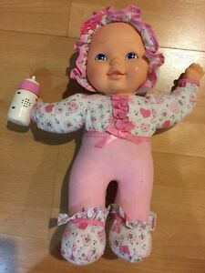 Talking Baby Doll, Needs Batteries, Pink soft body Vintage 2001