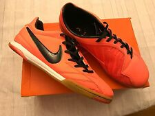 Nike sneakers T90 Shoot IV IC in Mango Black and White Size 8.5