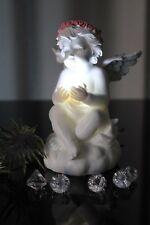 Deko Engel mit LED Beleuchtung Kugel Figur Skulptur Licht, weiß Engelchen Rosen