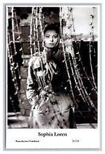 Sophia Loren (C) Swiftsure Postcard year 2000 modern print 20/94 glamour photo
