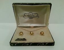 Vintage CULTURED PEARL PEDANT NECKLACE and earrings
